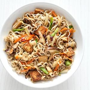 Chinese Noodle-Vegetable Bowl